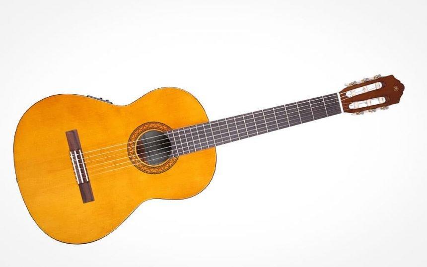 Yamaha CX40 II guitarra española